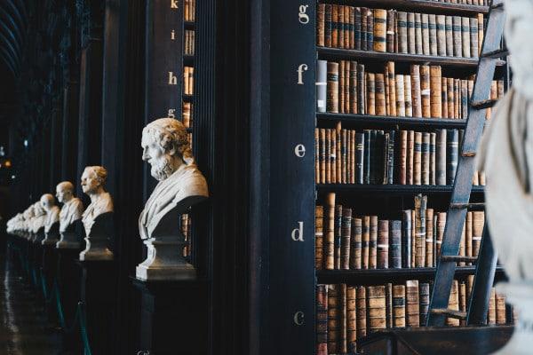 Afdeling hoger beroep in juridische bibliotheek